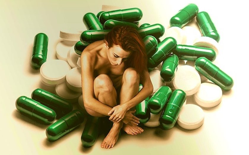 Efecto del tratamiento con olanzapina o risperidona sobre algunas funciones cognitivas en un seguimiento de un año de esquizofrenia ambulatorios con síntomas negativos prominentes.